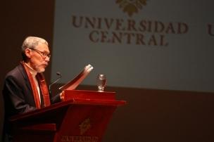 Director de Posgrado del Departamento de Humanidades y Letras.Roberto Burgos Cantor